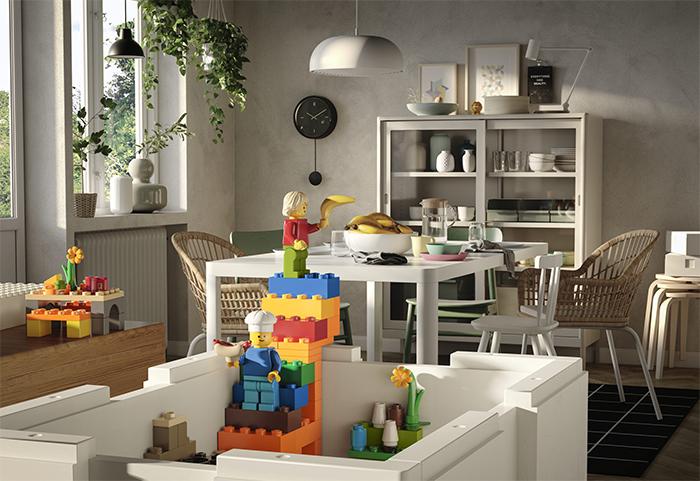 LEGO vs. IKEA