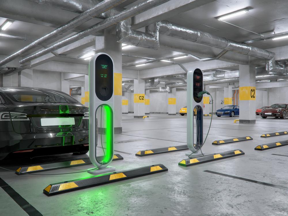 elektromobil nabijanie