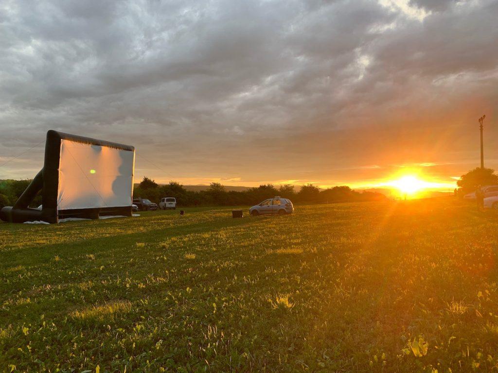 Začiatok multižánrového festivalu Filmová noc na hrade sa nezadržateľne blíži. Autor foto: Radoslav Hoppey